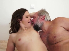 Girl orgasm screaming
