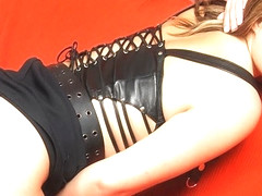 WANKZ- Older Hottie Maria Loves It