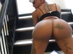 Creamy Exotica stair twerking and Clapping
