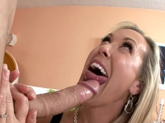 Sexy mom gets cum in her