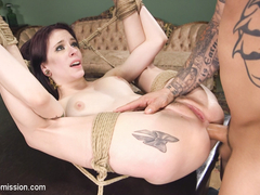 Anna De Ville & Derrick Pierce in Kissing Cousins - SexAndSubmission