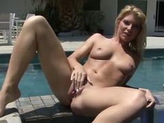 Sexy Bikini Babe Masturbates By The Pool