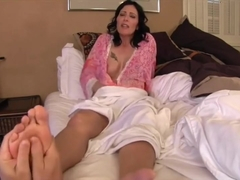 Zoey Holloway - Foot slave