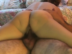 Amateur Cougar Wife uses Unusual Grinding Technique to Fuck Cum on My Cock