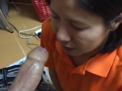 Amateur Asian Deepthroat
