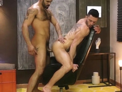 Andy Star & Jean Franko in The Specialist - MenNetwork