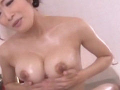 Horny Japanese slut Reiko Kobayakawa in Exotic Showers, Cumshots JAV clip