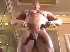 MuscleHunks - Muscles in Vegas