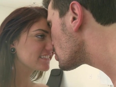 Teen Cassandra Nix likes it in both holes