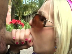 Glamour blonde slut Eden Adams met some tight cocked dude outdoors and sucked his dick and brought.