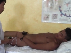 DoctorTwink Video: Bareback in the clinic