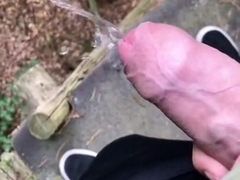 Pissing & jerking in the forest