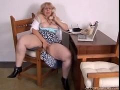 Aged big beautiful woman can't live without to talk immodest on the phone during the time that rub.
