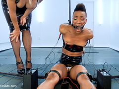 Lea Lexis  Nikki Darling in Exotic Sex Pot, Nikki, Feels Electrosex For The 1st Time - Electrosluts