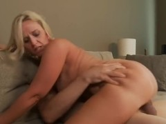 Big ass Mommy Dee Siren
