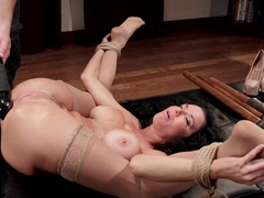 Veronica Avluv in Nympho Anal Milf Double Penetration Squirt Fest - HogTied