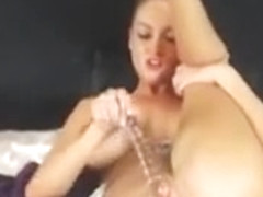 Pretty Hot Teen Cambabe Finger Her Tight Cunt