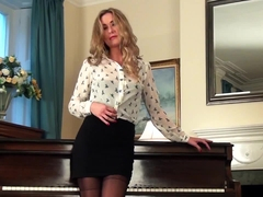Nylons And Seduction - Sammy Tye