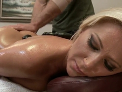 Devon Lee likes massage in any variant of it
