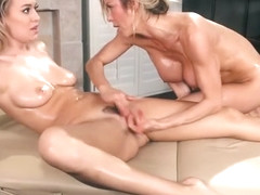 Big Tits Milf Masseuse Gives Thai Massage And Make Out