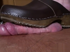 230LB BBW CRUSHES & TENDERISES COCK UNDER HER NEW WOODEN CLOGS