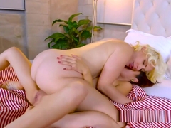 Stepmom Licks Teens Pussy In Bathroom
