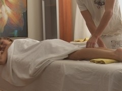 Foxy lady is masturbated and drilled during the massage