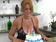 MilfHunter - Birthday wish