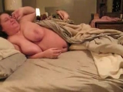 Overweight large captivating woman lets her slender fellow finish off by shooting his filthy load .