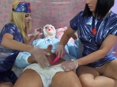 Carly & Chiki handjob diaper boy