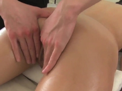 Slevie gets unforgettable erotic massage