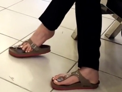 gf gives me perfect dangling at mall sexy toes