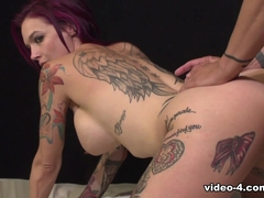 Anna Bell Peaks Squirts - ErotiqueTVLive
