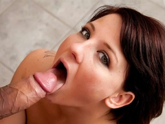 The Noisy Casey Cumz Gets What She Deserves - Upox