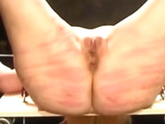 Open legged caning