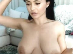 Babe Rudylovely Flashing Boobs On Live Webcam