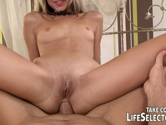 Damsel in distress - LifeSelector
