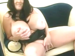 Pleasing breasty experienced lady play with her cunt