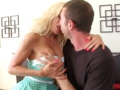 Jordan Ash dream og hot MILF Puma Swede comes true