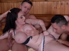 Massive tits of Harmony Reigns fucked to the extreme by two big cocks