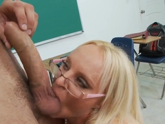 Athletic Danny Mountain seduce by blonde teacher to get a BJ