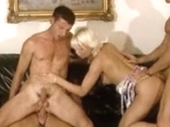 Bisexual guys and hot chicks in action
