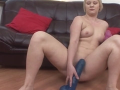 Glayn in Curvy Toy Slut - NoBoring