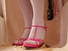Banana sploshing/crush in stockings and pink heels