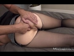 Horny mature slut gets banged in a French hotel room