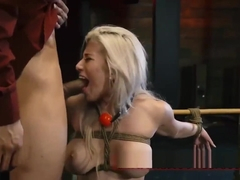 Bus station sex Big-breasted blond hotty Cristi Ann is on vacation