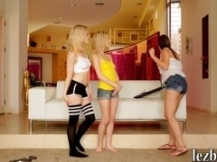 Catie Parker and Skylar Green lesbosex with their friend