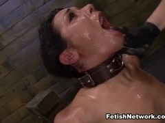 Slutty Slave Isa Mendez Gets Dominated and Used by Lexy Villa and Brooklyn Daniels