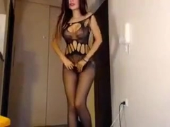 Bigass slut twerking and anal fisting on livecam