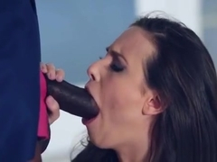 Hot Ero Chick Jumps On Massive Black Boner And Moans Loudly